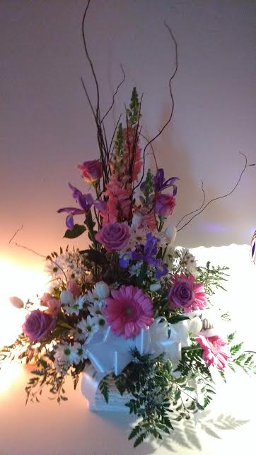 flowers-by-ann-personally-yours-basket-design-125-00-145-00
